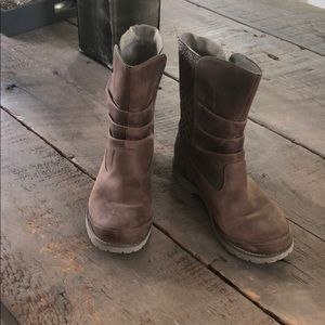 NORTH FACE WOMENS BOOTS SIZE 6.5